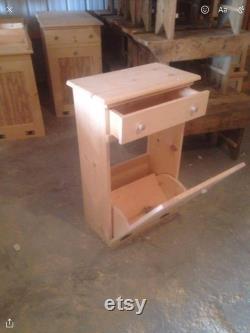 Boîte primitive de bois de bois de bois avec le tiroir