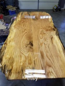 Dalle de bois Red Oak Live Edge de neuf pieds. Table à manger Red Oak.