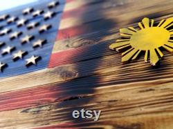 Drapeau fractionné des États-Unis Philippines en bois rustique (taille moyenne)