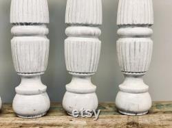 Ensemble de 4 pattes antiques de table de fuseau Ensemble de 4 jambes de table de ferme Grandes broches antiques Blanchi à la Pattes antiques de table Jambes récupérées