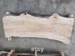 Maple Live Edge Dalle M269 105 x36 x2.5 (Kiln-Dried and Leveled)