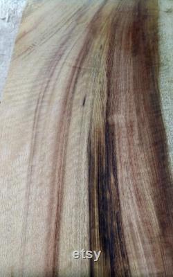 Myrtlewood Luthier Pièce.21 x9 x1