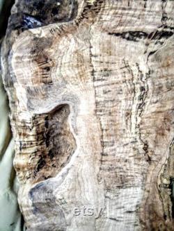 Spaulted Maple River-Résine Table 38 x23 x2